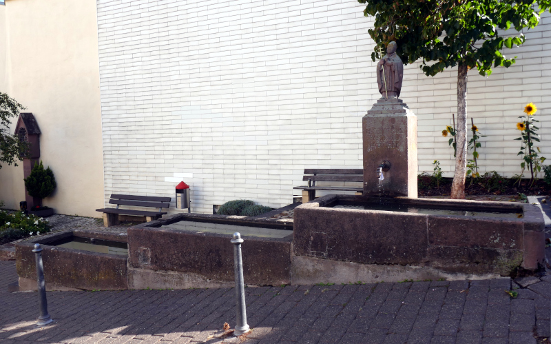 Corneliusbrunnen Kürenz