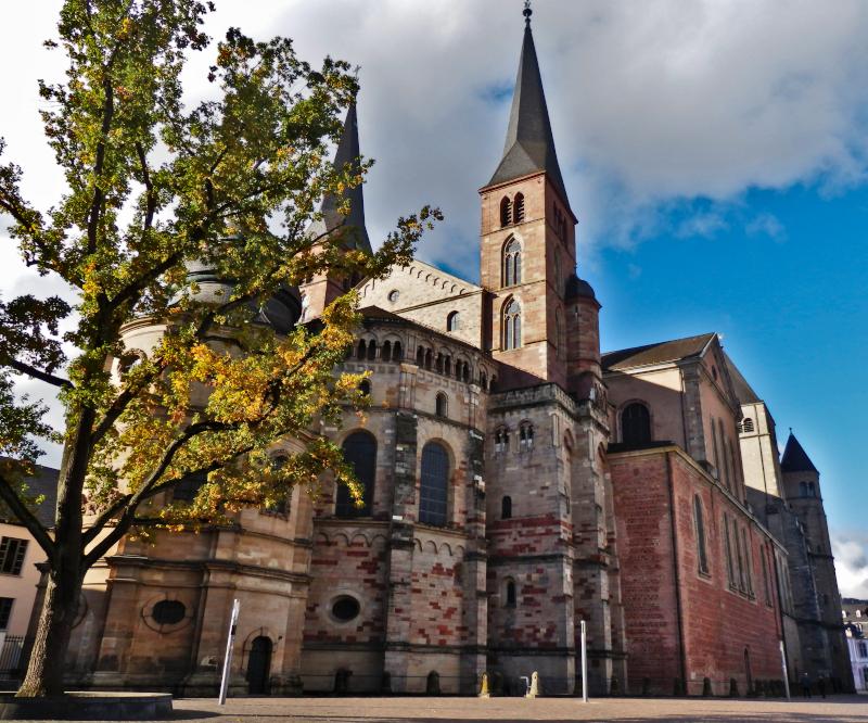 Dombezirk - Domkirche St. Peter