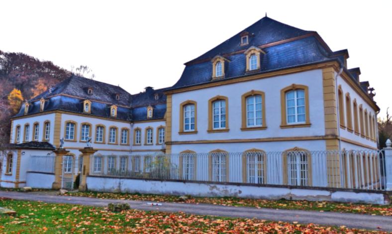 Quinter Schloss